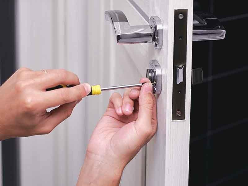 Cambio de cerradura puerta domicilio